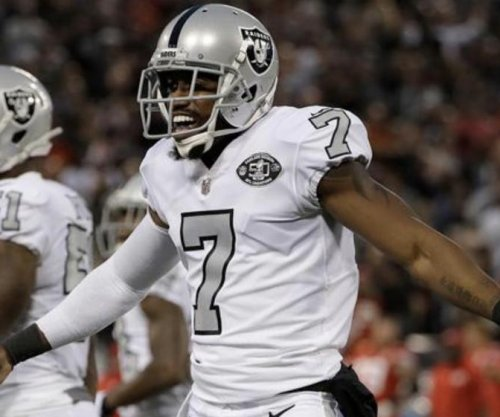 Marquette King: Denver Broncos sign punter to 3-year deal