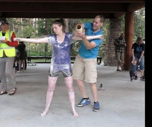 Idaho man covers wife in plastic wrap for Guinness World Record
