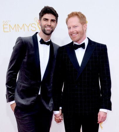 Jesse Tyler Ferguson came out when dad found stolen gay porn