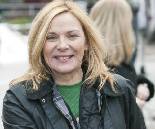 Production begins on 'Witness for the Prosecution' starring Kim Cattrall, Toby Jones