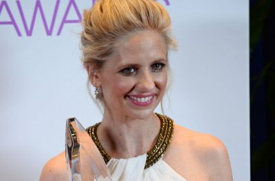 Sarah Michelle Gellar supports 'Buffy the Vampire Slayer' reboot