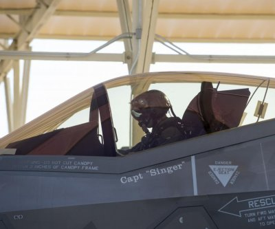 Congress, Pentagon to hold off on multiyear F-35 contract