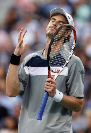 Murray advances in Netherlands