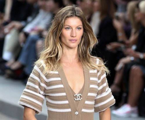 Gisele Bundchen spotted at the beach amid rumors that she's retiring