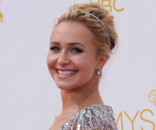 Hayden Panettiere returns to red carpet after postpartum treatment
