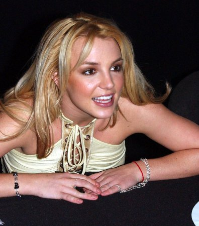 Britney Spears to open VMA show