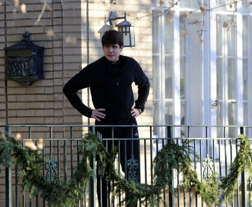 Ill. atty. gen. moves to oust Blagojevich