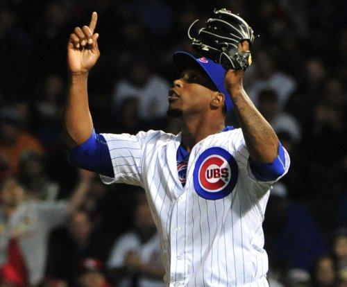 Soler homers twice, Chicago Cubs top Cincinnati Reds in 10 innings