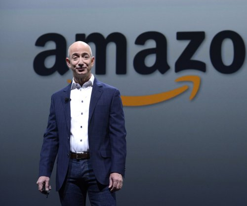 Amazon files first-ever lawsuit against fake review websites