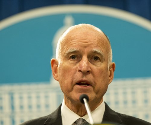 California legislators send $15 minimum wage bill to Gov. Brown