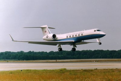 Gulfstream tapped for C-20, C-37 fleet support