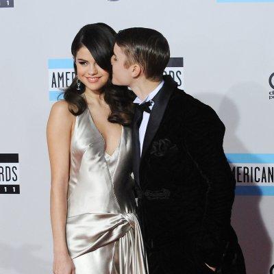 Selena Gomez vists Justin Bieber in Norway