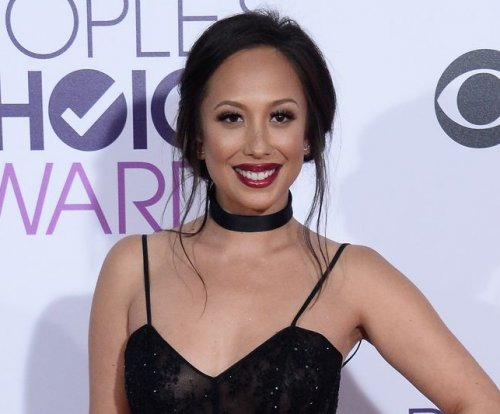 Cheryl Burke takes break from social media amid 'personal' issues