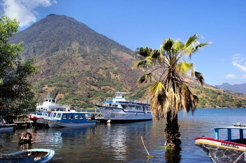 Search resumes for five missing on Guatemala's Lake Atitlan