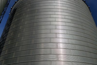 80-year-old man dies in North Dakota grain bin accident
