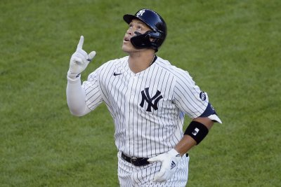 Aaron Judge homers in 5th straight game as Yankees beat Red Sox