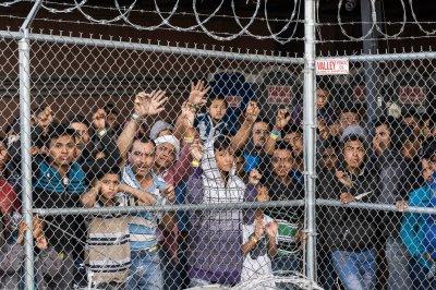 Judge blocks sweeping Trump administration asylum rule