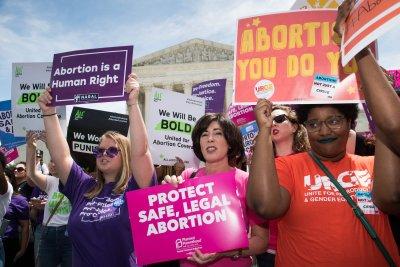 Federal judge blocks near total abortion ban in Arkansas