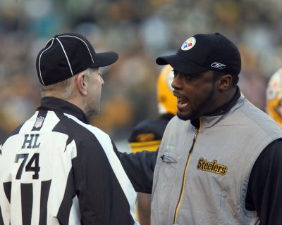 Tomlin agrees to extension with Steelers