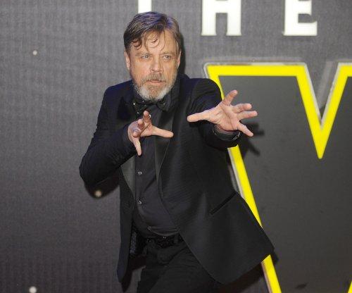 Mark Hamill addresses Luke Skywalker death rumors following 'out of work' comment
