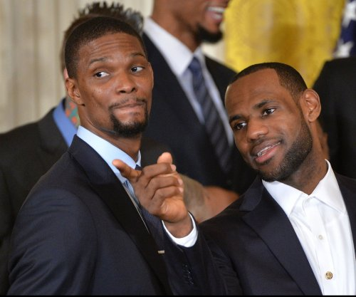 Chris Bosh wants to reunite with LeBron James and/or Dwyane Wade