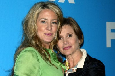 Carrie Fisher's sister Joely details final meeting with late actress