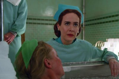 Sarah Paulson is Nurse Ratched in first look at Netflix series