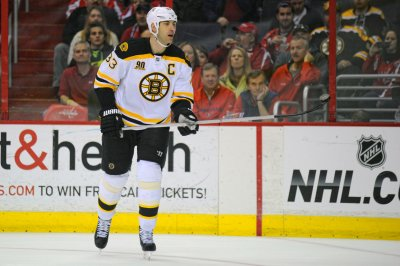 Zdeno Chara leaves Bruins after 14 seasons, signs 1-year deal with Capitals