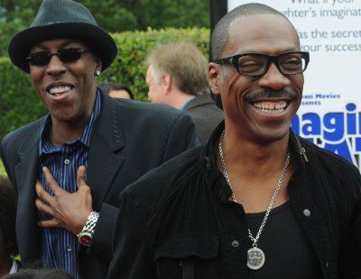 Stars line up for Eddie Murphy salute