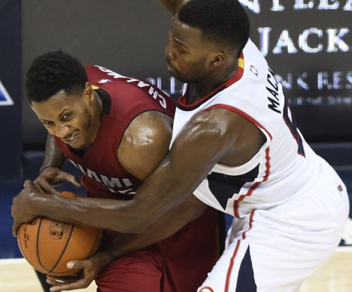 Grizzlies acquire G Mario Chalmers from Heat