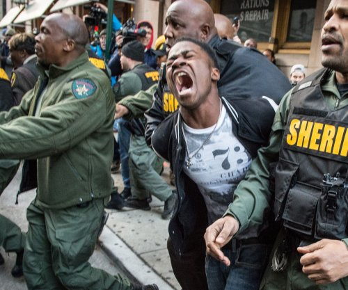 Officers in Freddie Gray arrest to undergo internal affairs review