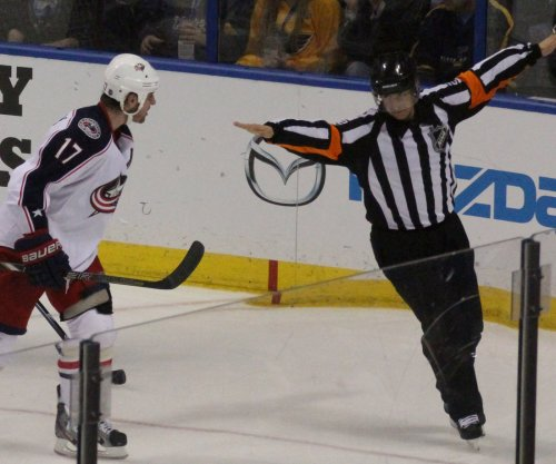 Brandon Dubinsky's OT tally pushes Columbus Blue Jackets past Pittsburgh Penguins