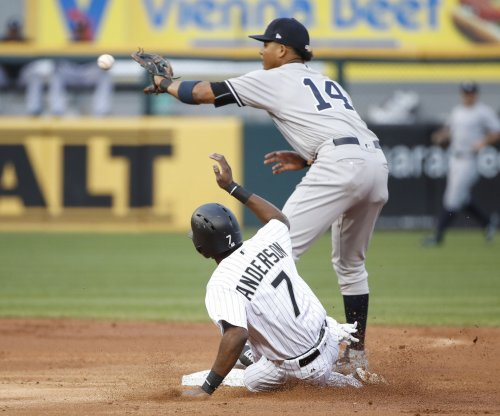 New York Yankees put 2B Starlin Castro back on DL