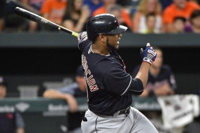 Start of new streak? Cleveland Indians double up Kansas City Royals
