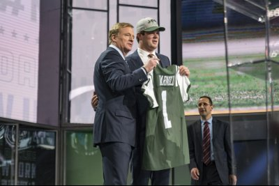 Darnold, Bridgewater shine in Jets' preseason opener