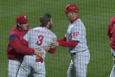 Phillies' Bryce Harper ejected for argument with umpire