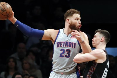 Former All-Star forward Blake Griffin agrees to contract buyout with Pistons