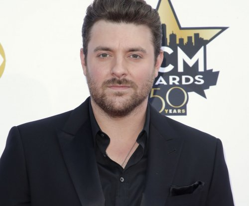 Chris Young talks Miranda Lambert, Blake Shelton split