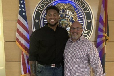 Patriots' Justin Herron honored for preventing attempted sexual assault