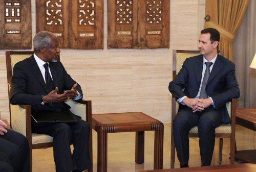 Annan sending monitors to Damascus
