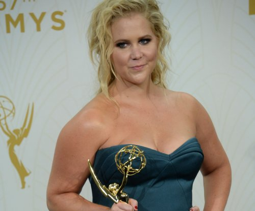 'Saturday Night Live' guest host Amy Schumer appears in viral video 'Guns'