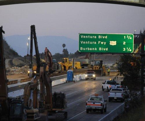 House passes $325B U.S. transportation funding bill as gap deadline nears