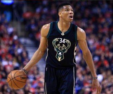 2017 NBA Playoffs: Giannis Antetokounmpo leads Milwaukee Bucks to win over Toronto Raptors