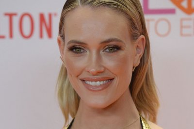 Peta Murgatroyd returns to stage after 'scary' illness