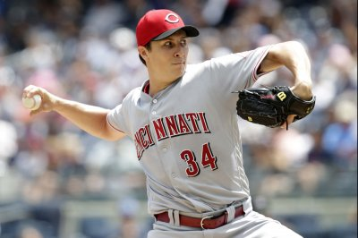 Reds, Mets clash as two teams in need of win