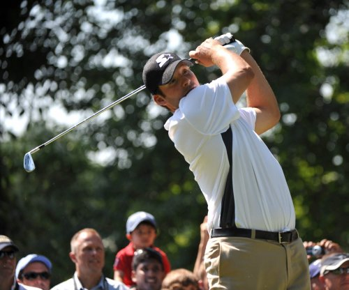 Former Cowboys QB Tony Romo wins amateur golf tournament by 9 strokes