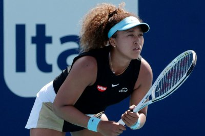 Naomi Osaka withdraws from French Open amid feud over press conferences