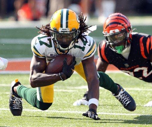 Packers' Davante Adams put on COVID-19 list; Bears' Matt Nagy positive for virus