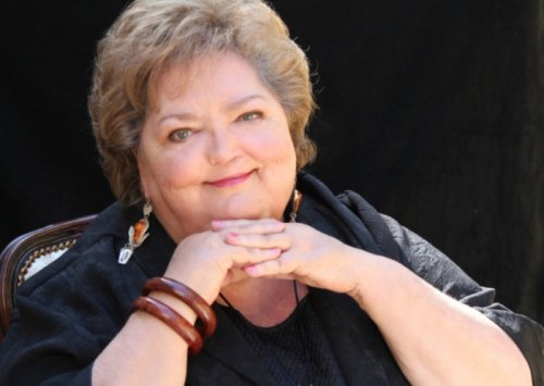 Canadian singer Rita MacNeil dead at 68