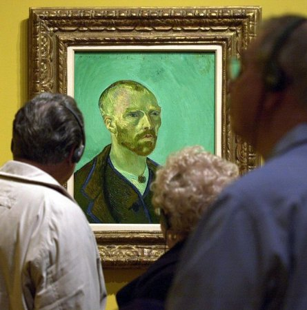 Book: Gauguin cut off Van Gogh's ear